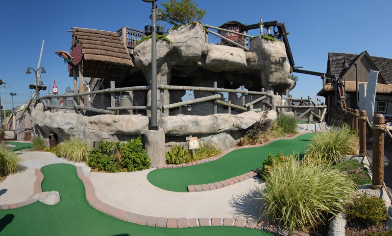 jenkinsons-mini-golf-castaway-cove